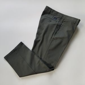 Dockers Classic Fit Flat Front Green Pants 34 30